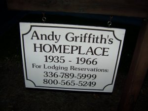Andy Homeplace Sign